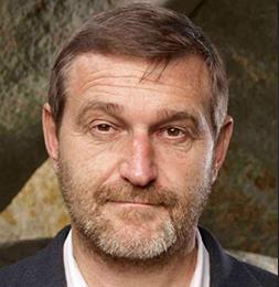 Dr. Pavel Pavzner1